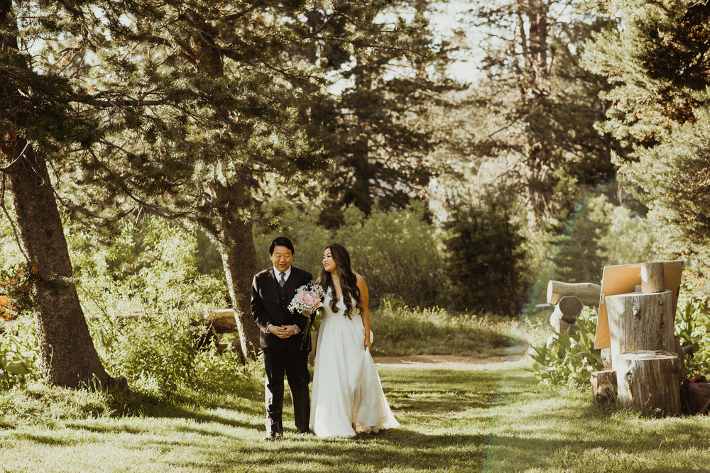 ©Isaiah & Taylor Photography -The Hideout Wedding, Kirkwood California, Lake Tahoe Wedding Photographer-138.jpg