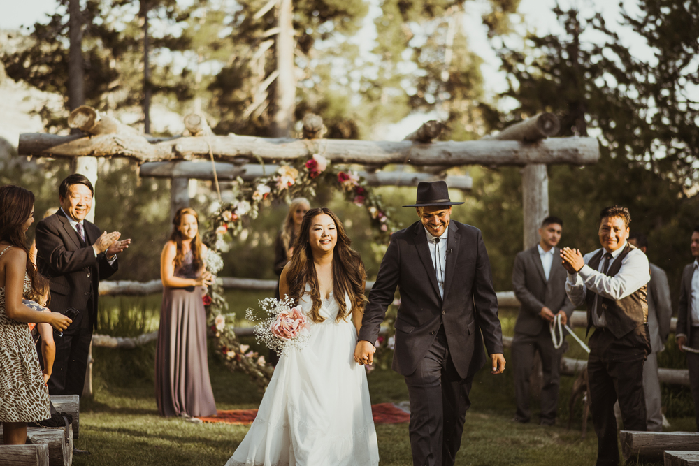 ©Isaiah & Taylor Photography -The Hideout Wedding, Kirkwood California, Lake Tahoe Wedding Photographer-151.jpg