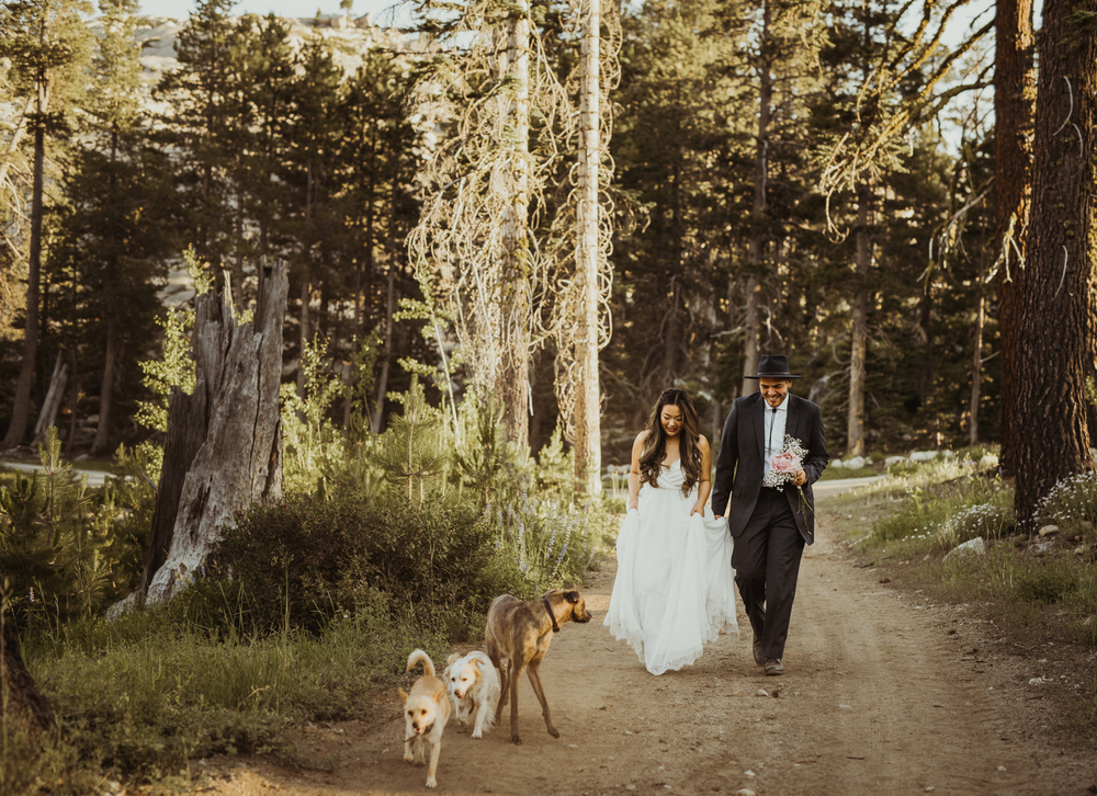 ©Isaiah & Taylor Photography -The Hideout Wedding, Kirkwood California, Lake Tahoe Wedding Photographer-171.jpg