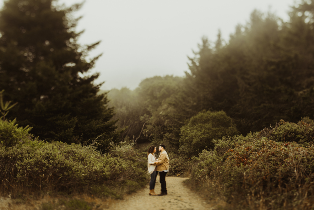 ©Isaiah & Taylor Photography - San Fransisco Proposal-30.jpg