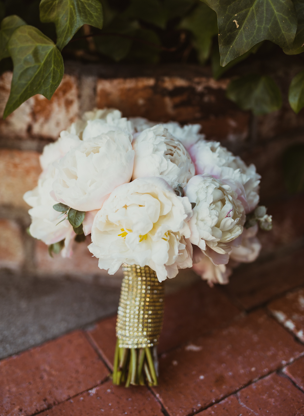 ©Isaiah & Taylor Photography - Inn of the Seventh Ray Wedding, Topanga Canyon California-21.jpg