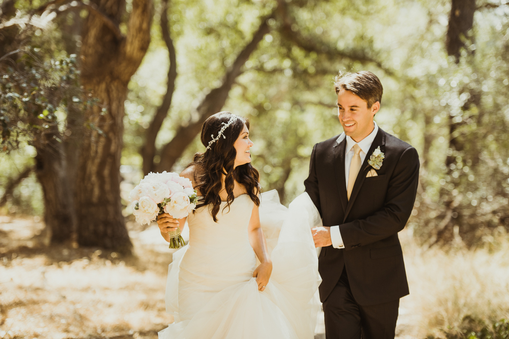 ©Isaiah & Taylor Photography - Inn of the Seventh Ray Wedding, Topanga Canyon California-43.jpg