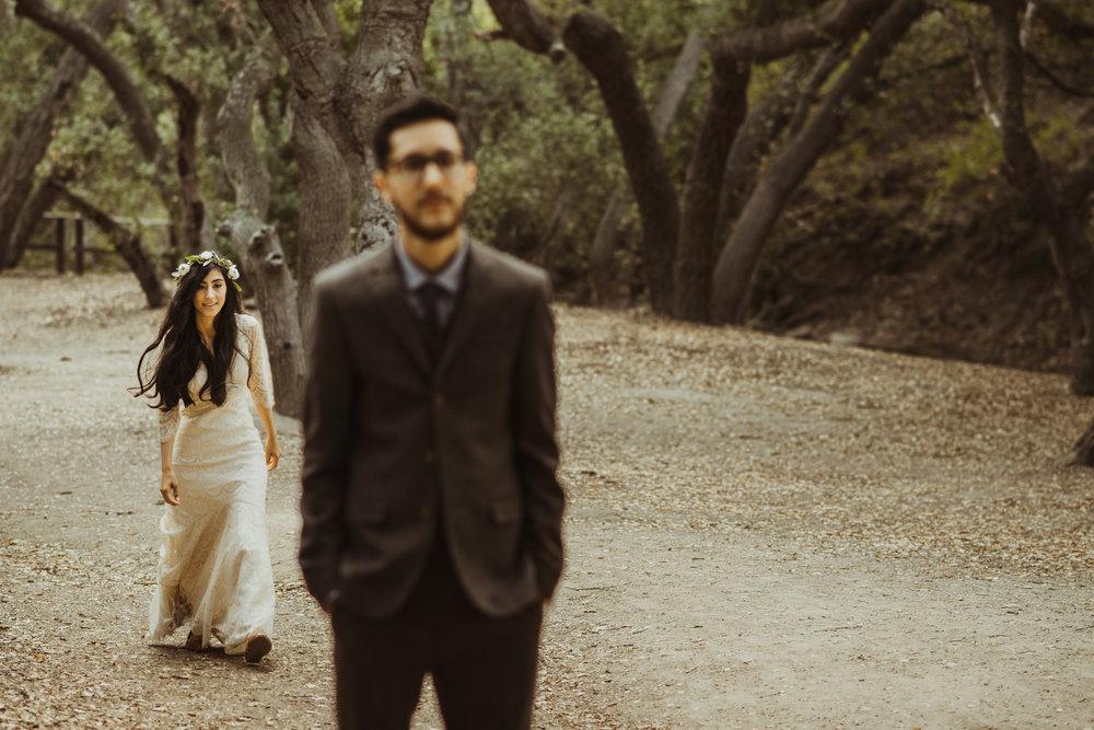 ©Isaiah-&-Taylor-Photography---Oak-Canyon-Nature-Center-Wedding,-Anaheim-Hills-008.jpg