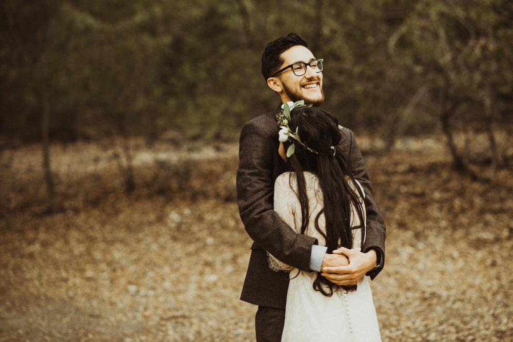 ©Isaiah-&-Taylor-Photography---Oak-Canyon-Nature-Center-Wedding,-Anaheim-Hills-011.jpg