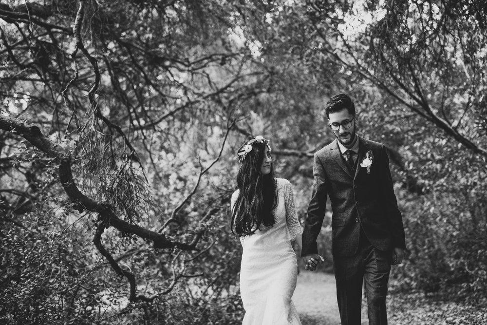 ©Isaiah-&-Taylor-Photography---Oak-Canyon-Nature-Center-Wedding,-Anaheim-Hills-019.jpg