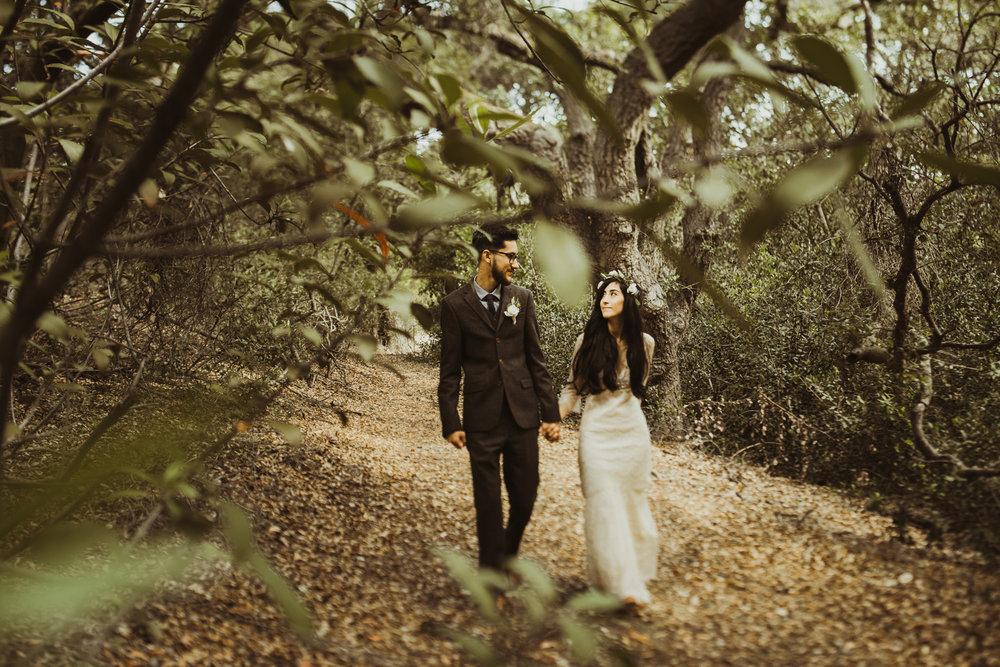 ©Isaiah-&-Taylor-Photography---Oak-Canyon-Nature-Center-Wedding,-Anaheim-Hills-025.jpg
