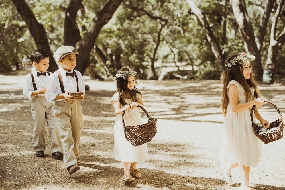 ©Isaiah-&-Taylor-Photography---Oak-Canyon-Nature-Center-Wedding,-Anaheim-Hills-038.jpg