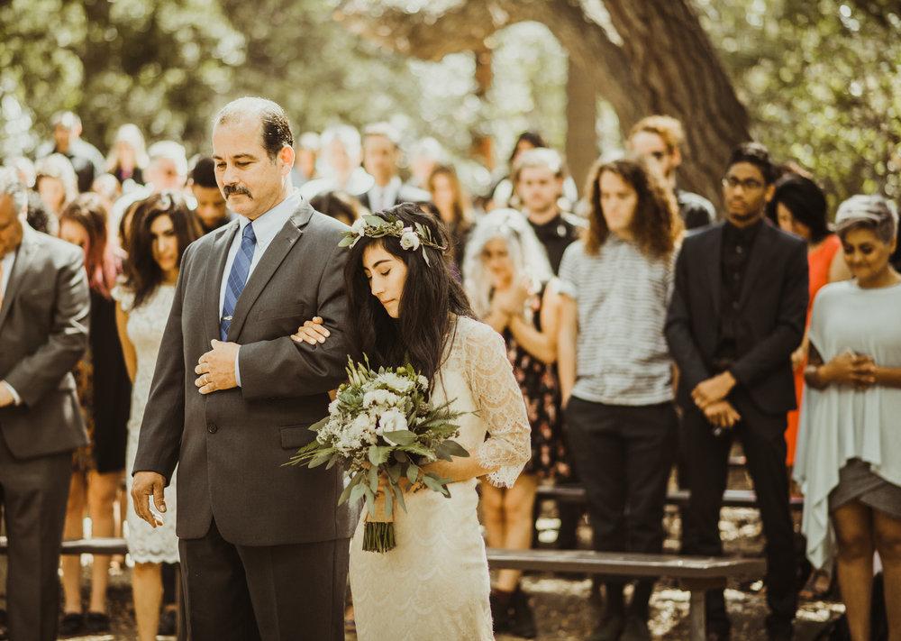 ©Isaiah-&-Taylor-Photography---Oak-Canyon-Nature-Center-Wedding,-Anaheim-Hills-044.jpg