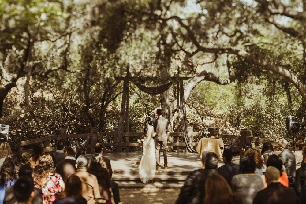 ©Isaiah-&-Taylor-Photography---Oak-Canyon-Nature-Center-Wedding,-Anaheim-Hills-046.jpg