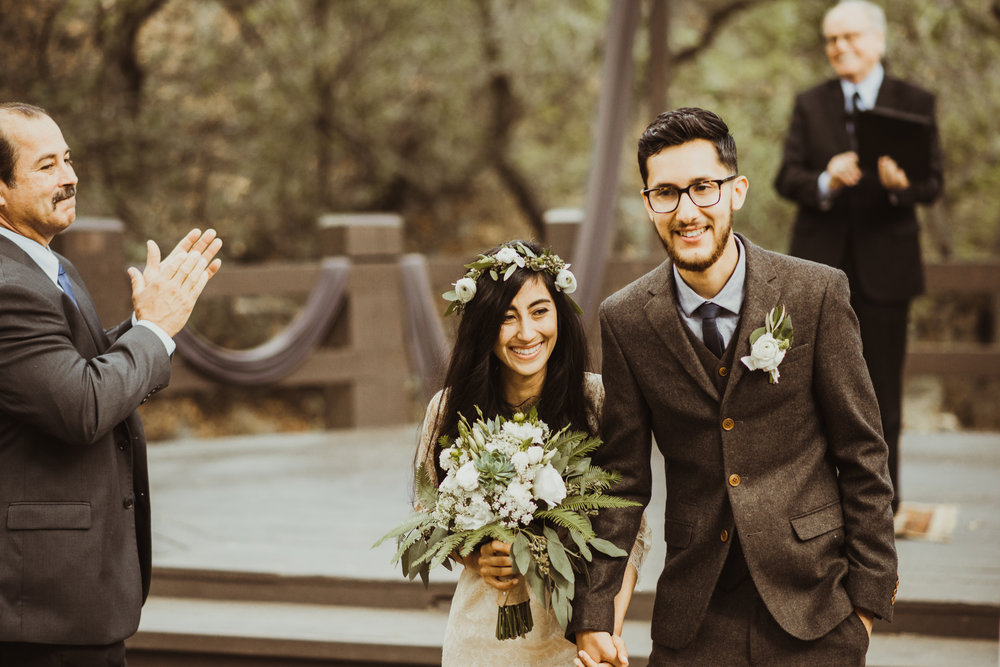 ©Isaiah-&-Taylor-Photography---Oak-Canyon-Nature-Center-Wedding,-Anaheim-Hills-052.jpg