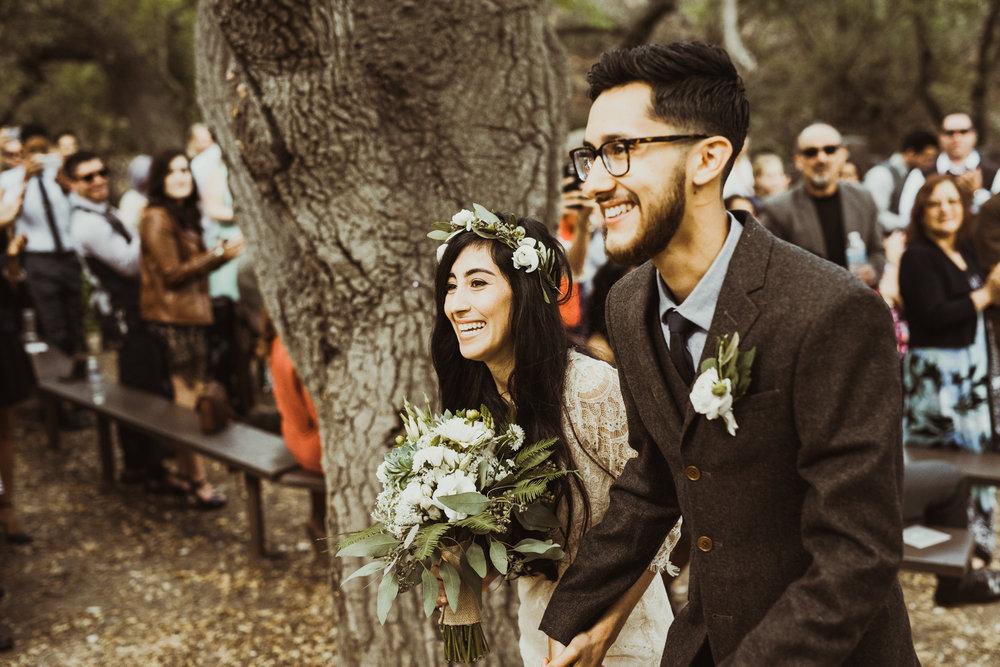 ©Isaiah-&-Taylor-Photography---Oak-Canyon-Nature-Center-Wedding,-Anaheim-Hills-054.jpg