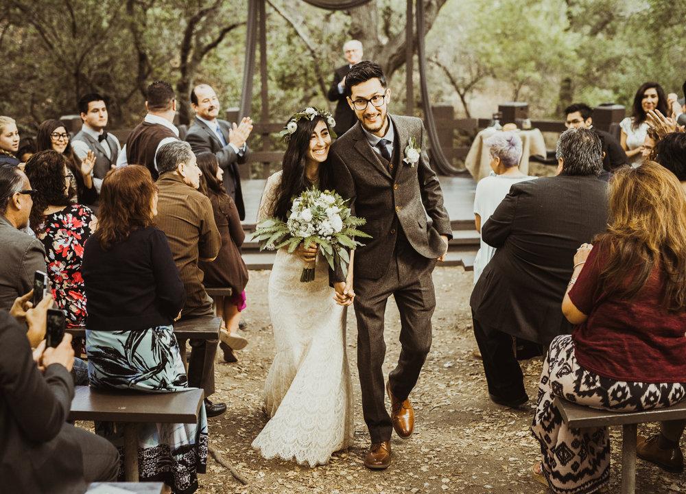 ©Isaiah-&-Taylor-Photography---Oak-Canyon-Nature-Center-Wedding,-Anaheim-Hills-053.jpg