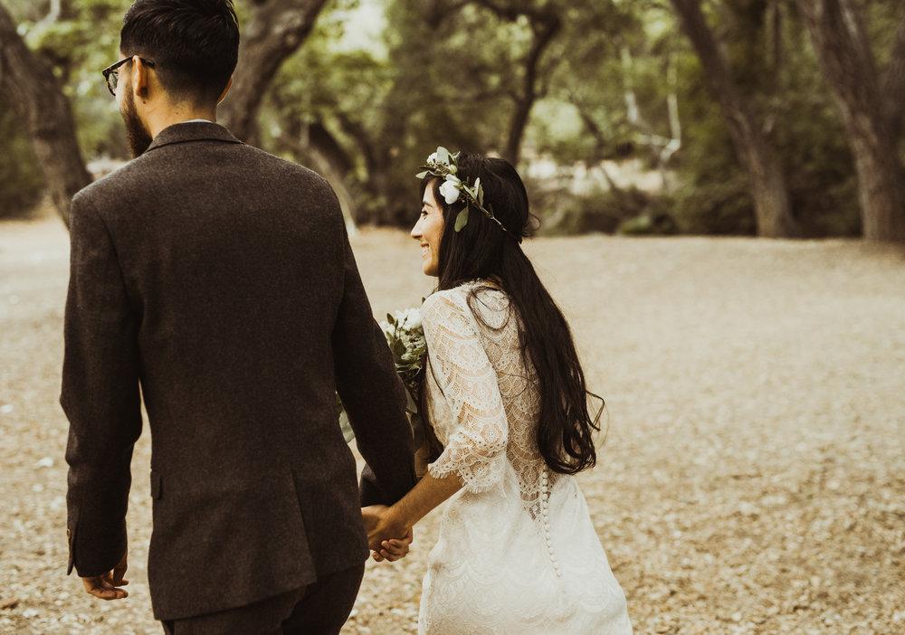 ©Isaiah-&-Taylor-Photography---Oak-Canyon-Nature-Center-Wedding,-Anaheim-Hills-055.jpg