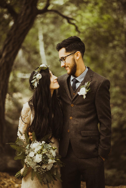 ©Isaiah-&-Taylor-Photography---Oak-Canyon-Nature-Center-Wedding,-Anaheim-Hills-058.jpg