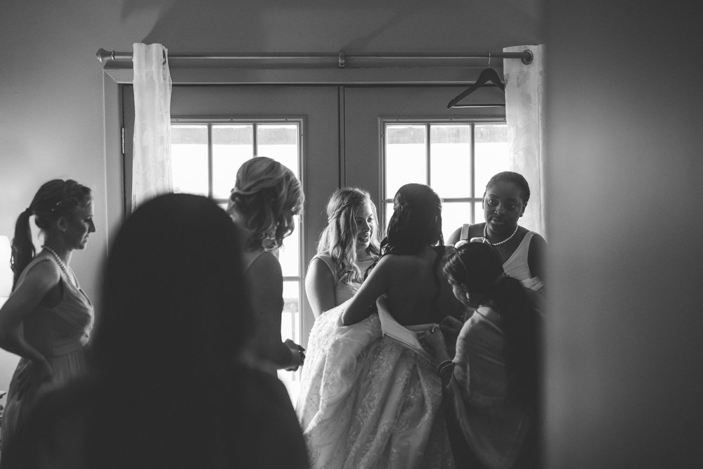 ©Isaiah & Taylor Photography - Lakeside Barn Wedding, Private Estate, Poplarville Mississippi-20.jpg