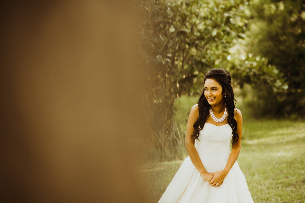 ©Isaiah & Taylor Photography - Lakeside Barn Wedding, Private Estate, Poplarville Mississippi-32.jpg
