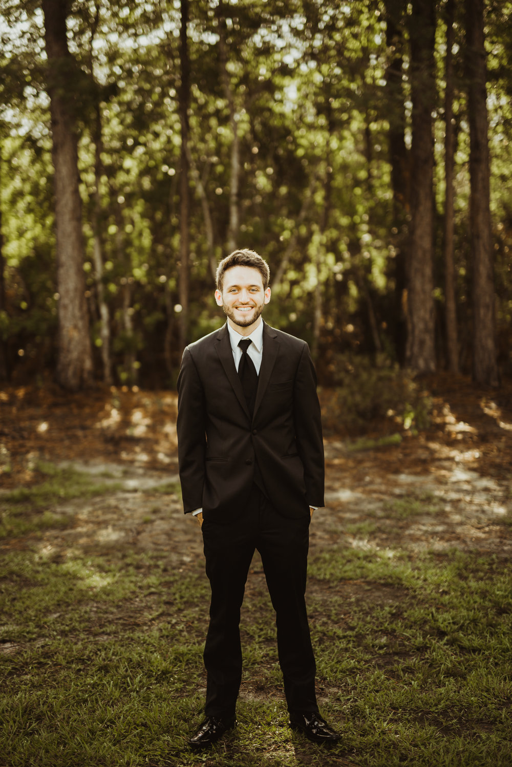 ©Isaiah & Taylor Photography - Lakeside Barn Wedding, Private Estate, Poplarville Mississippi-37.jpg