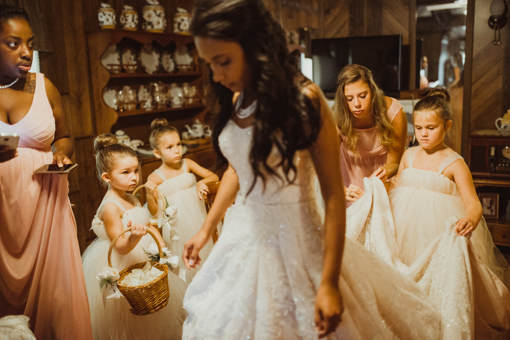 ©Isaiah & Taylor Photography - Lakeside Barn Wedding, Private Estate, Poplarville Mississippi-48.jpg