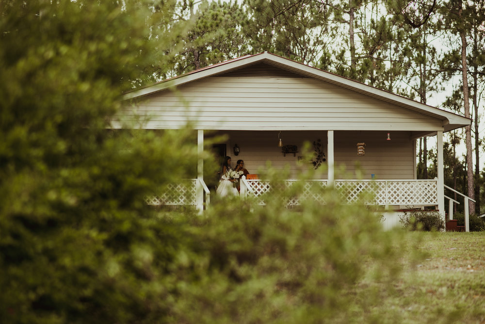 ©Isaiah & Taylor Photography - Lakeside Barn Wedding, Private Estate, Poplarville Mississippi-55.jpg