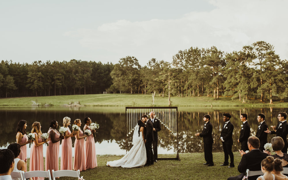 ©Isaiah & Taylor Photography - Lakeside Barn Wedding, Private Estate, Poplarville Mississippi-72.jpg