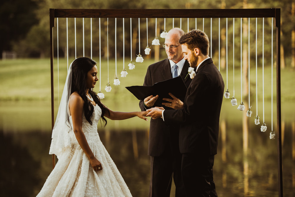 ©Isaiah & Taylor Photography - Lakeside Barn Wedding, Private Estate, Poplarville Mississippi-76.jpg
