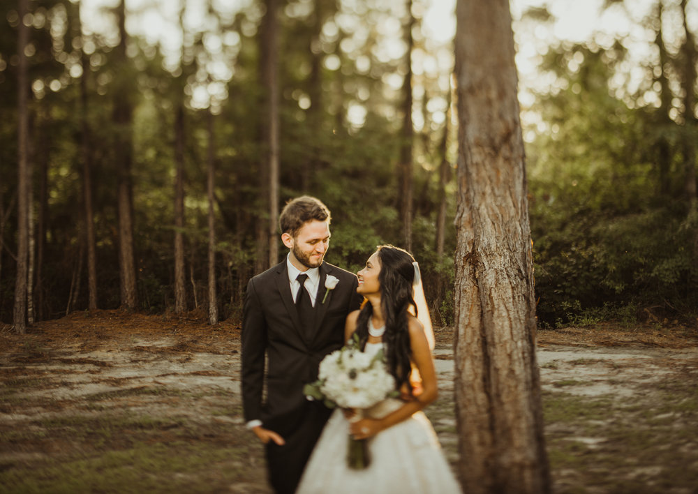©Isaiah & Taylor Photography - Lakeside Barn Wedding, Private Estate, Poplarville Mississippi-87.jpg