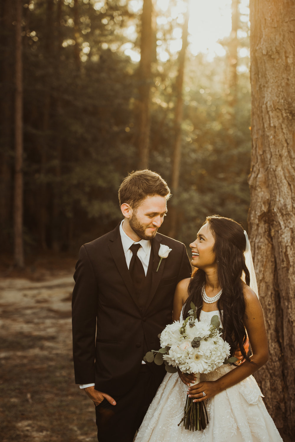 ©Isaiah & Taylor Photography - Lakeside Barn Wedding, Private Estate, Poplarville Mississippi-88.jpg