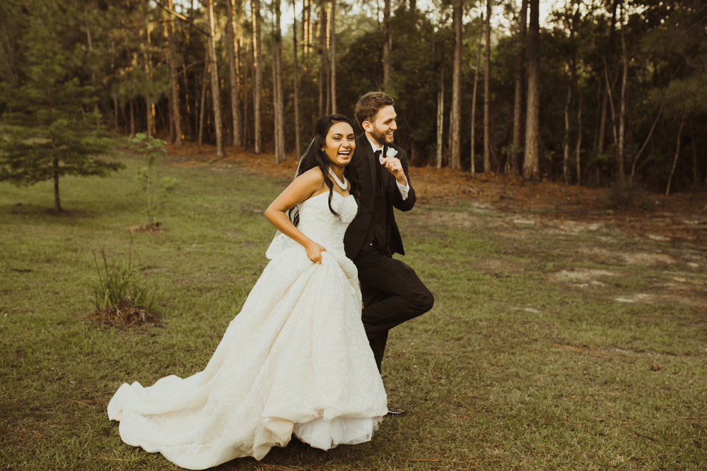 ©Isaiah & Taylor Photography - Lakeside Barn Wedding, Private Estate, Poplarville Mississippi-91.jpg