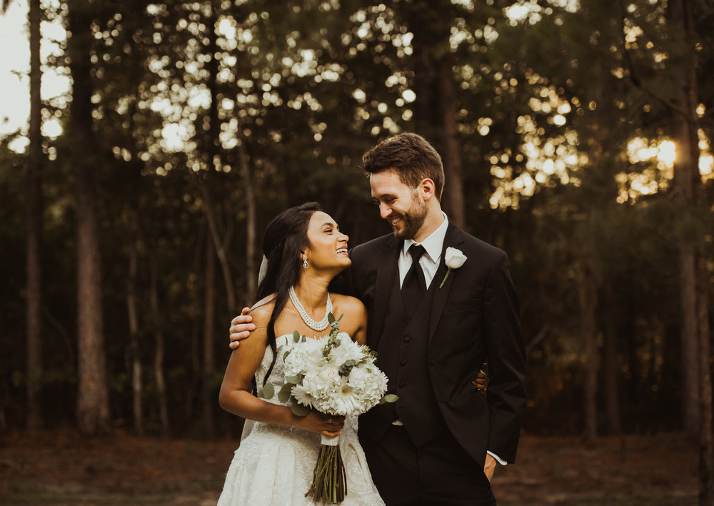 ©Isaiah & Taylor Photography - Lakeside Barn Wedding, Private Estate, Poplarville Mississippi-97.jpg