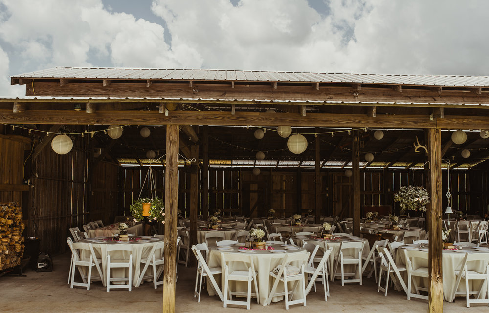 ©Isaiah & Taylor Photography - Lakeside Barn Wedding, Private Estate, Poplarville Mississippi-129.jpg