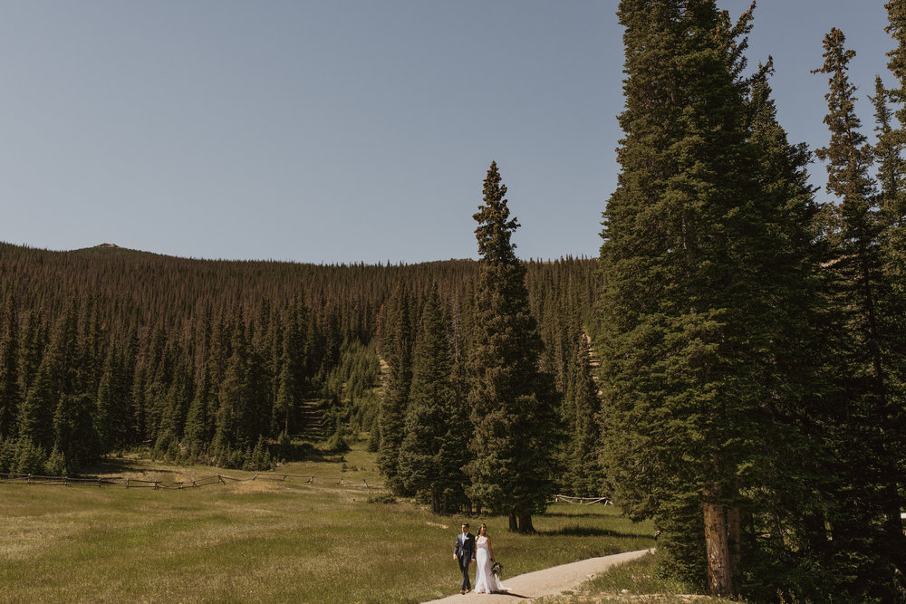 ©Isaiah + Taylor Photography - Estes National Park Adventure Elopement, Colorado Rockies-78.jpg