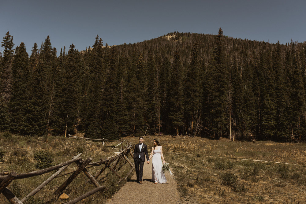 ©Isaiah + Taylor Photography - Estes National Park Adventure Elopement, Colorado Rockies-80.jpg