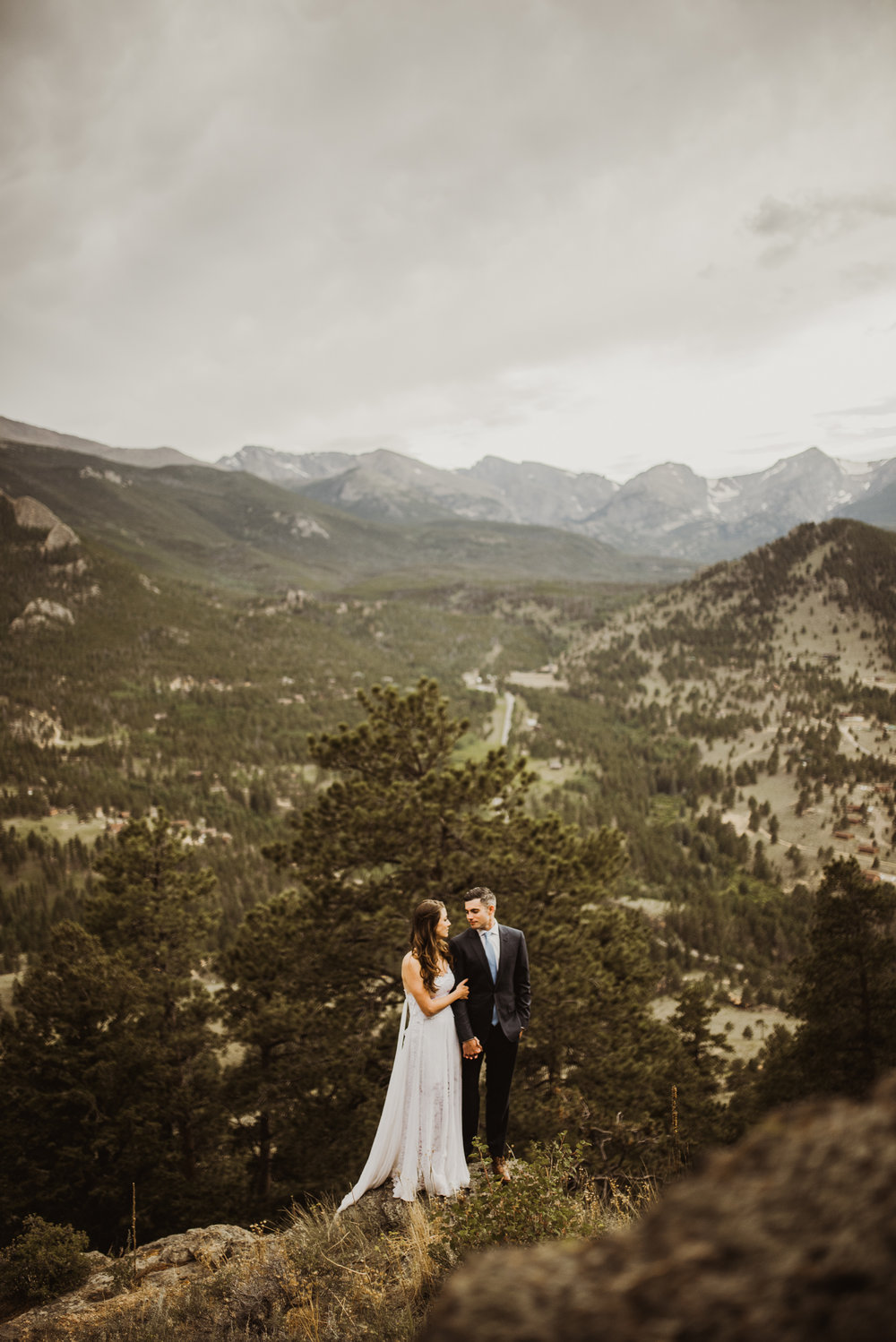 ©Isaiah + Taylor Photography - Estes National Park Adventure Elopement, Colorado Rockies-106.jpg