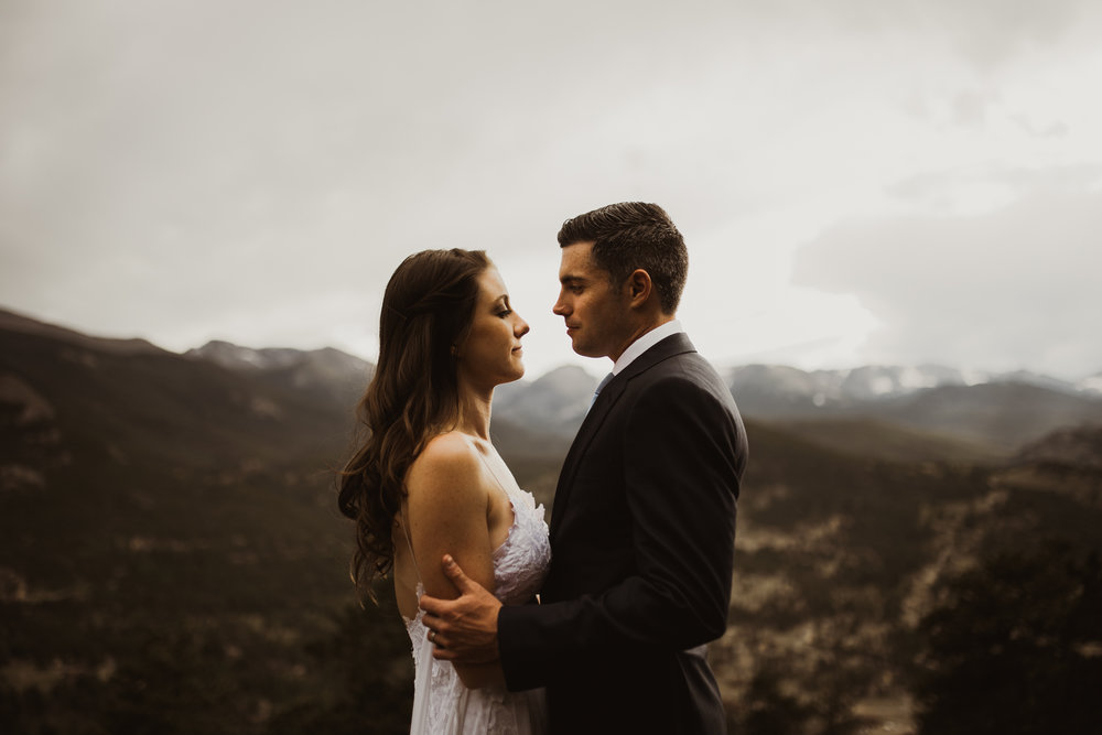 ©Isaiah + Taylor Photography - Estes National Park Adventure Elopement, Colorado Rockies-112.jpg