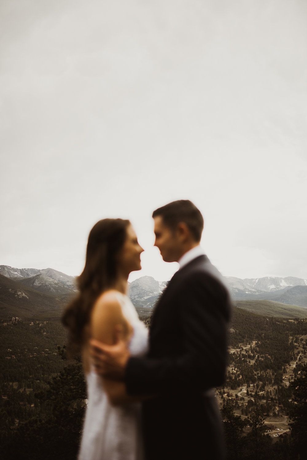 ©Isaiah + Taylor Photography - Estes National Park Adventure Elopement, Colorado Rockies-113.jpg