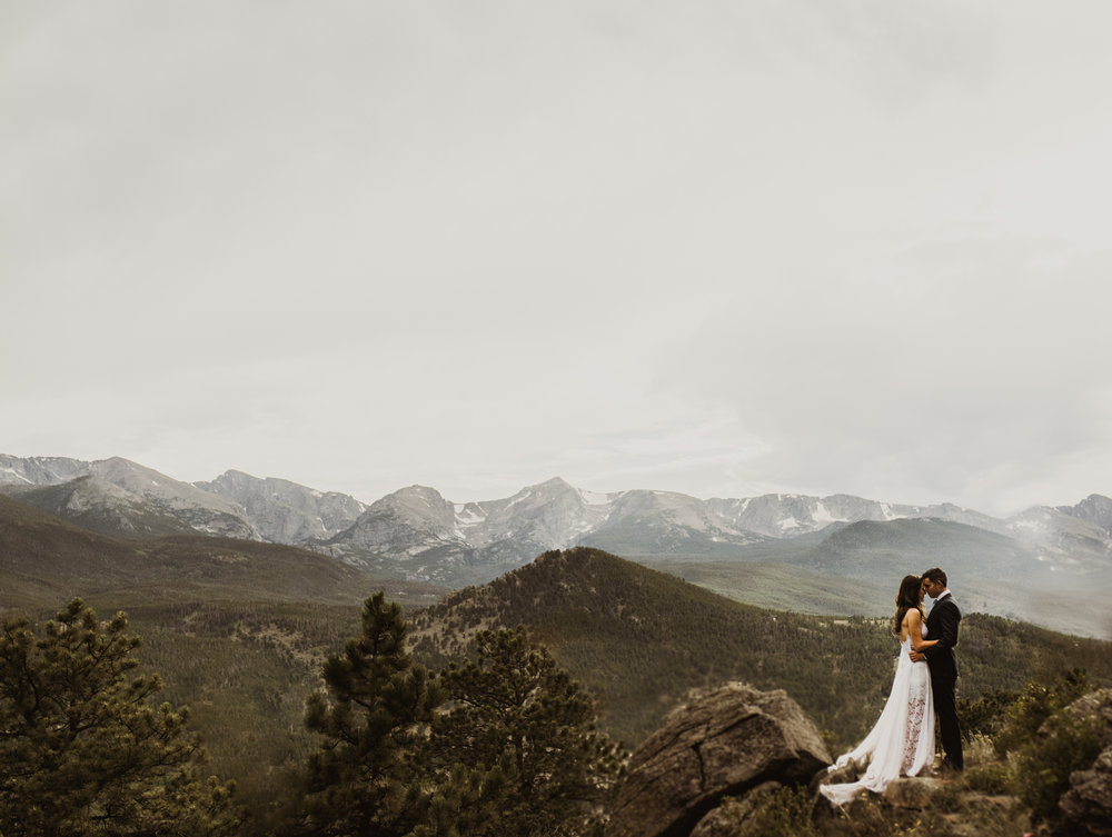 ©Isaiah + Taylor Photography - Estes National Park Adventure Elopement, Colorado Rockies-119.jpg