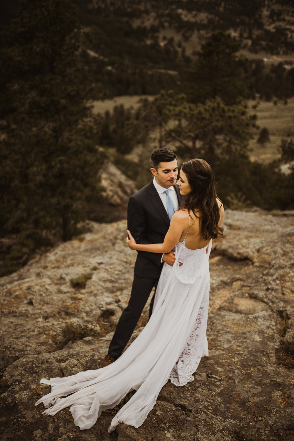 ©Isaiah + Taylor Photography - Estes National Park Adventure Elopement, Colorado Rockies-130.jpg