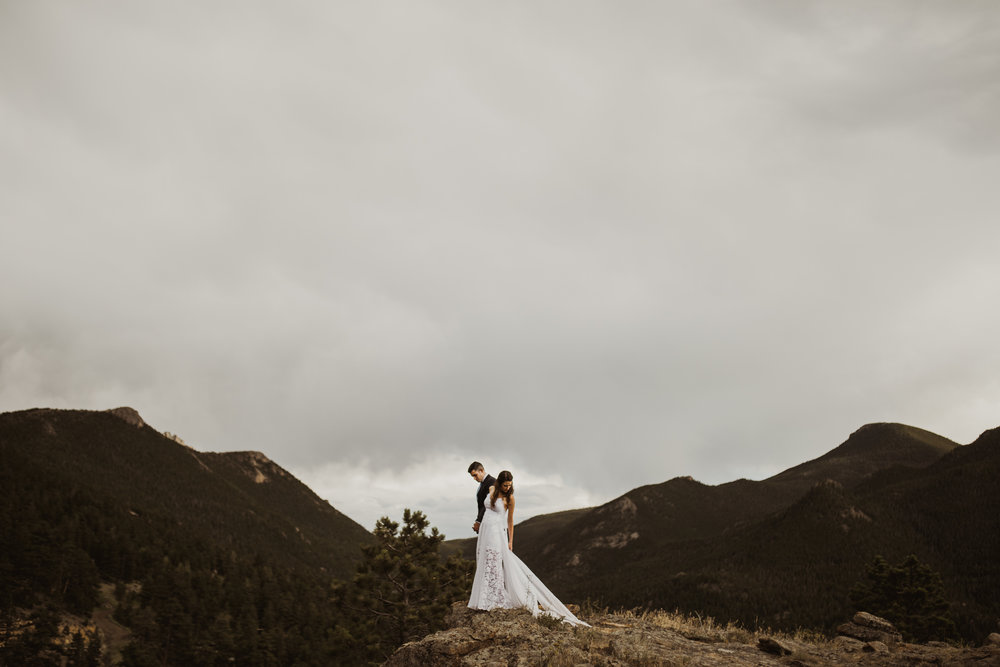 ©Isaiah + Taylor Photography - Estes National Park Adventure Elopement, Colorado Rockies-139.jpg