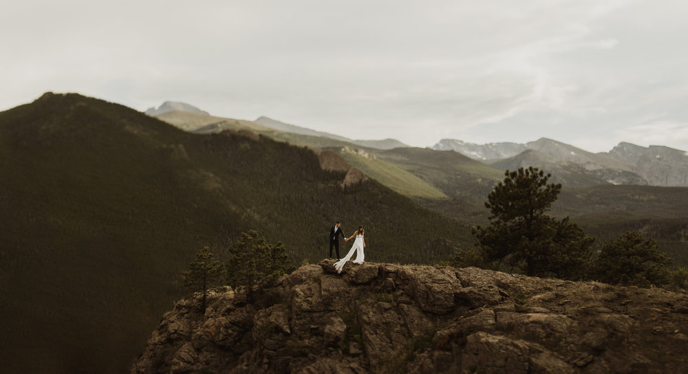 ©Isaiah + Taylor Photography - Estes National Park Adventure Elopement, Colorado Rockies-142.jpg