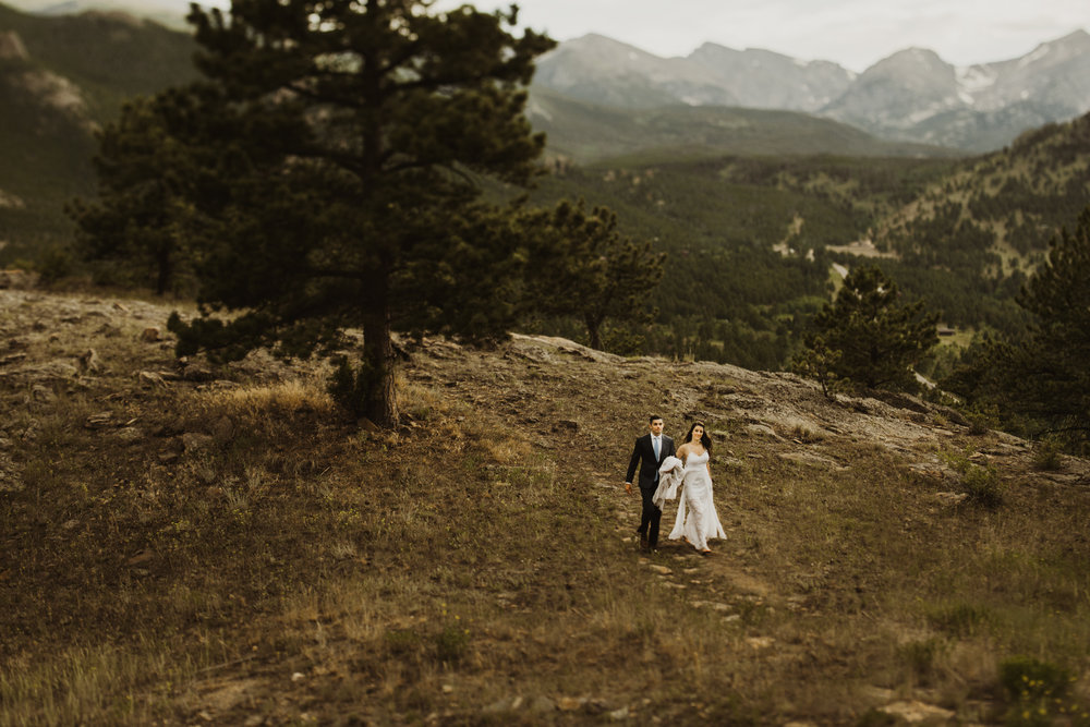 ©Isaiah + Taylor Photography - Estes National Park Adventure Elopement, Colorado Rockies-145.jpg