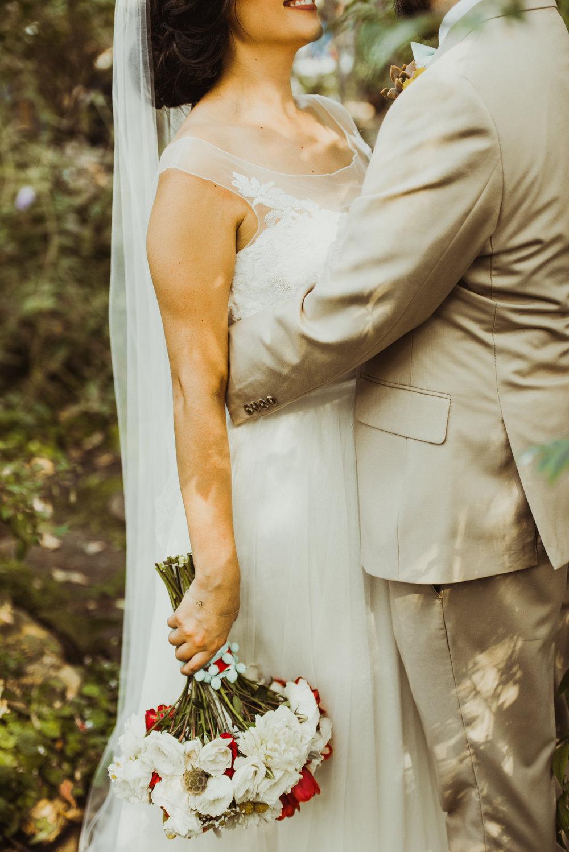 ©Isaiah + Taylor Photography - Brendan + Stefana, Quail Haven Farm Wedding, Vista-96.jpg