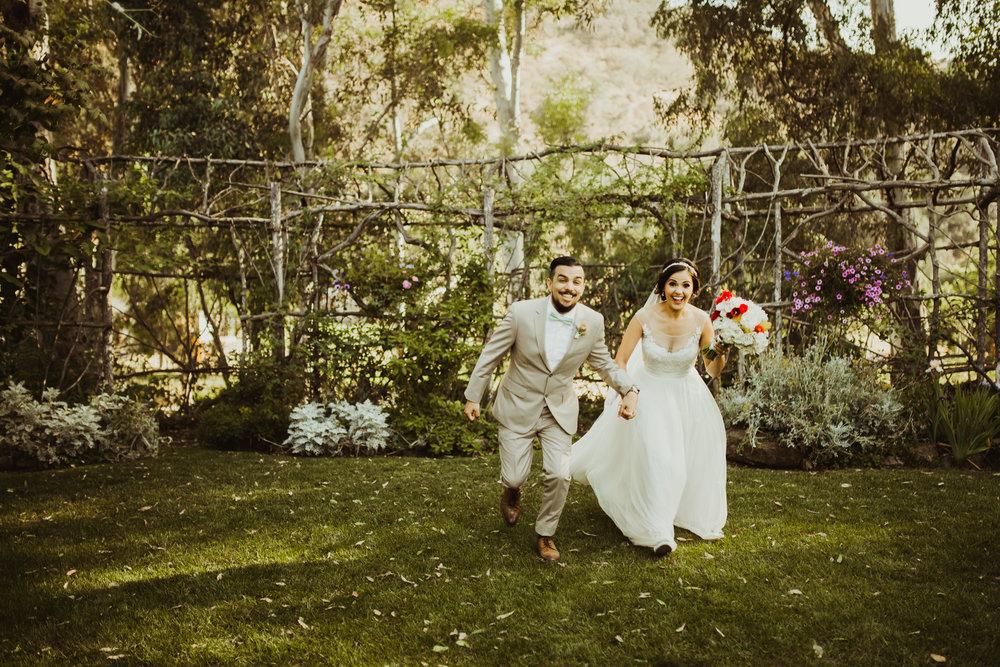 ©Isaiah + Taylor Photography - Brendan + Stefana, Quail Haven Farm Wedding, Vista-105.jpg