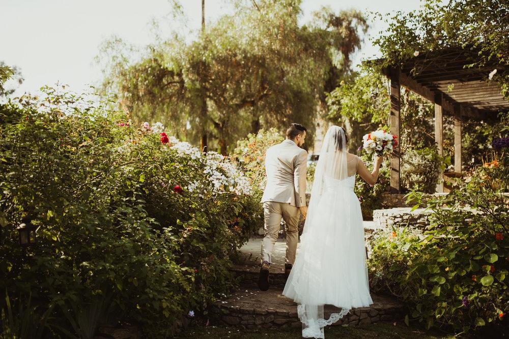 ©Isaiah + Taylor Photography - Brendan + Stefana, Quail Haven Farm Wedding, Vista-109.jpg