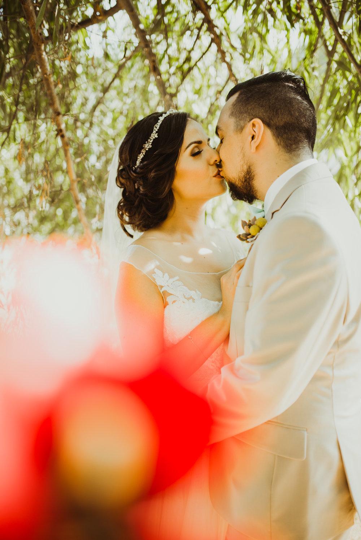 ©Isaiah + Taylor Photography - Brendan + Stefana, Quail Haven Farm Wedding, Vista-112.jpg