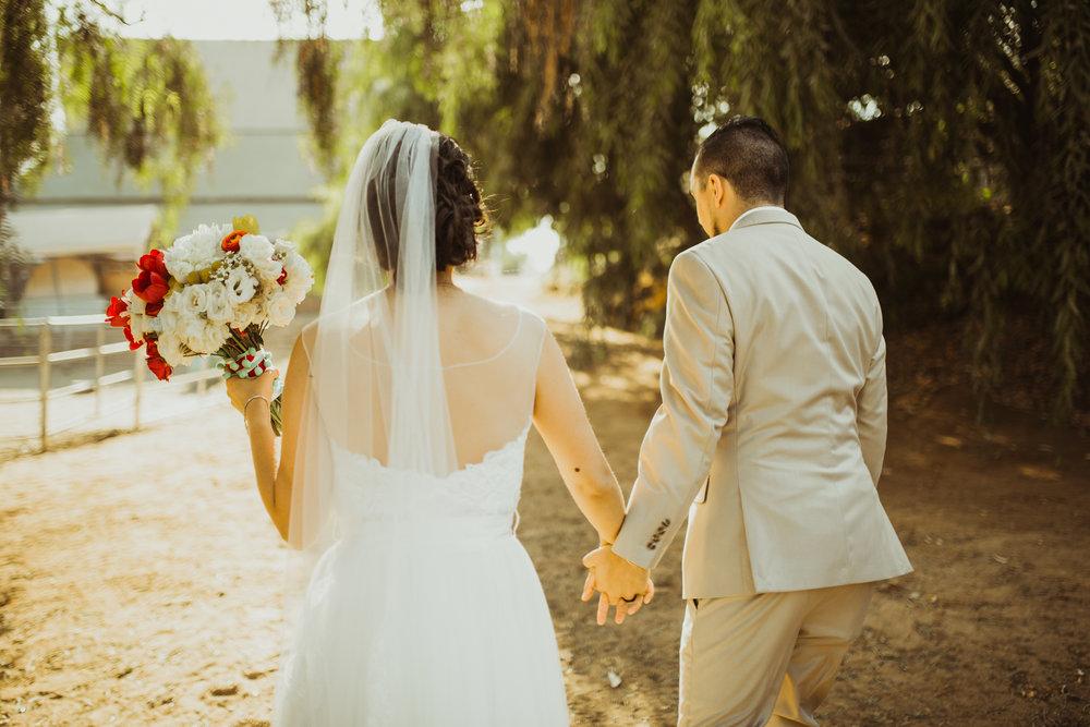 ©Isaiah + Taylor Photography - Brendan + Stefana, Quail Haven Farm Wedding, Vista-121.jpg