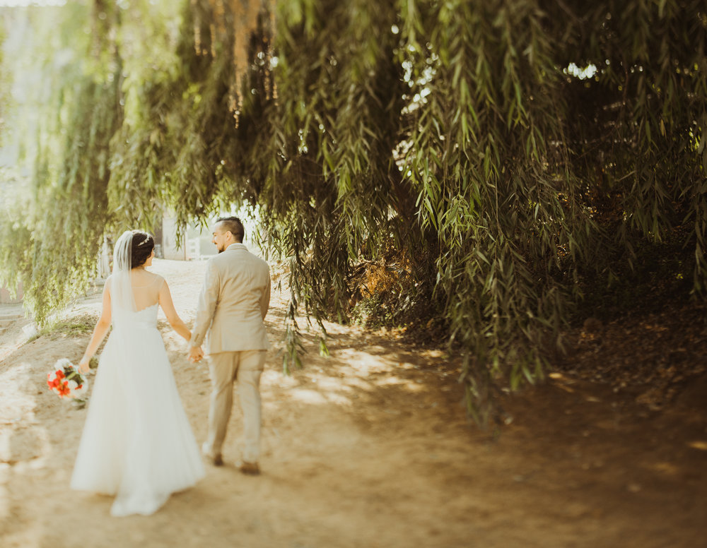 ©Isaiah + Taylor Photography - Brendan + Stefana, Quail Haven Farm Wedding, Vista-123.jpg