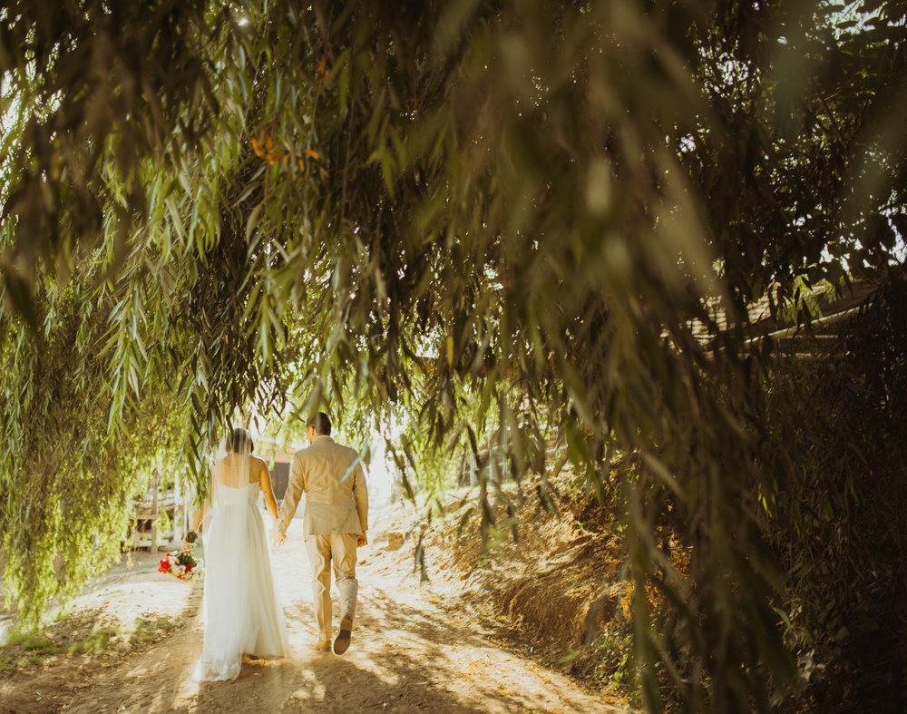 ©Isaiah + Taylor Photography - Brendan + Stefana, Quail Haven Farm Wedding, Vista-124.jpg