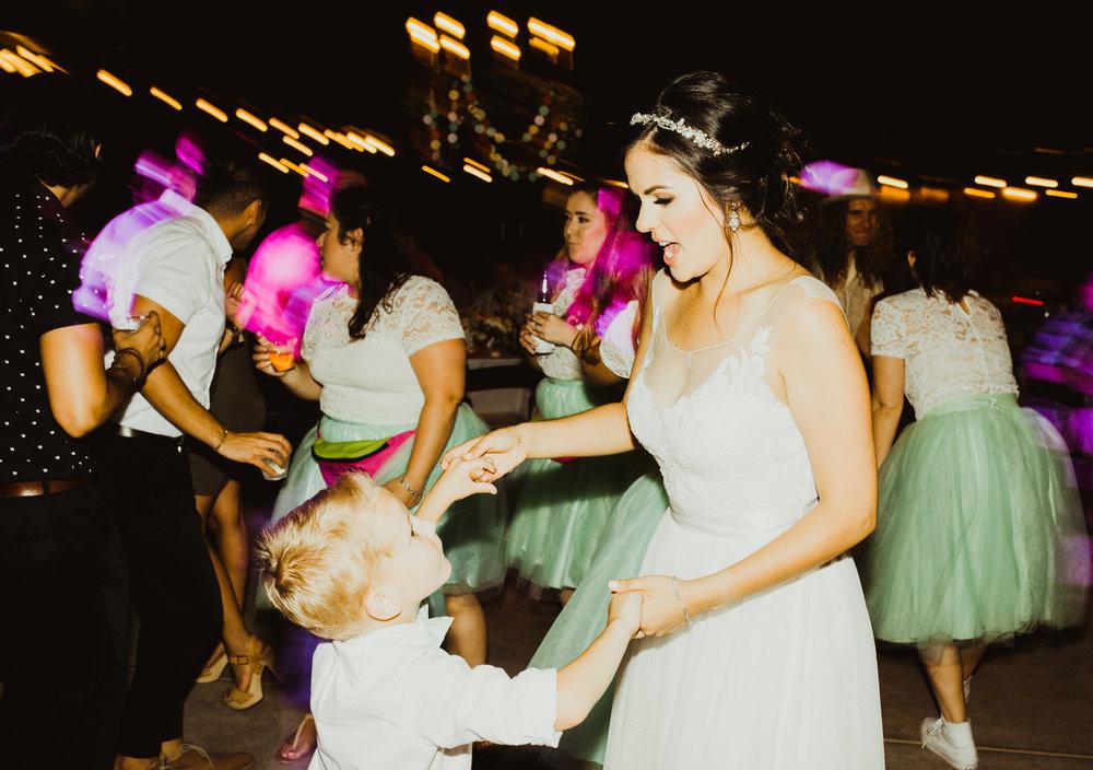 ©Isaiah + Taylor Photography - Brendan + Stefana, Quail Haven Farm Wedding, Vista-177.jpg