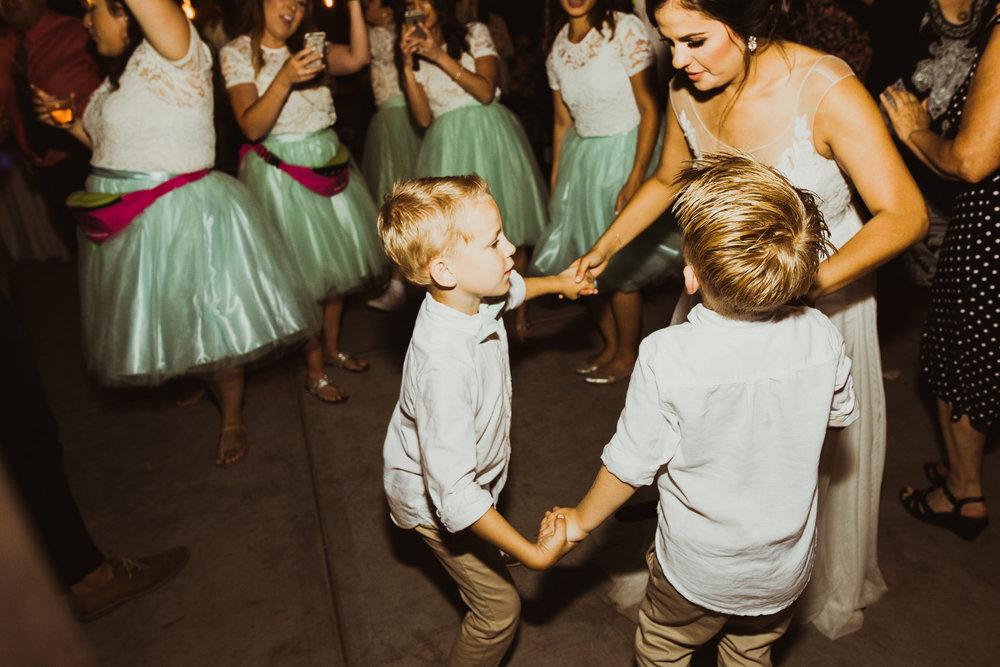 ©Isaiah + Taylor Photography - Brendan + Stefana, Quail Haven Farm Wedding, Vista-178.jpg