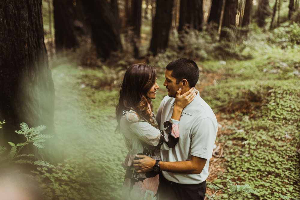 ©Isaiah + Taylor Photography - Big Sur Wedding Engagement Photographer-07.jpg